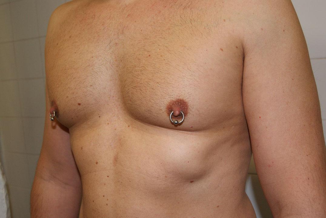 Resultado de imagen para piercing en las tetillas